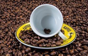 Kaffeetasse-Kaffeebohnen