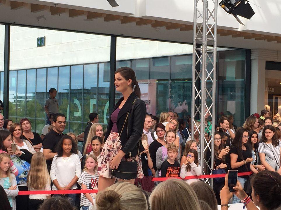 Fashionshow_Vanessa 2 - Bildquelle: ProSieben