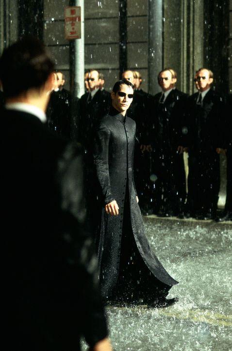 In der Höhle des Löwen: Neo (Keanu Reeves) ... - Bildquelle: Warner Bros.