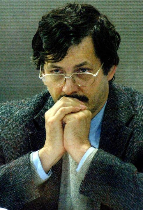 Im März 2004 beginnt vor dem Gericht von Arlon, Belgien, ein Jahrhundertprozess: Angeklagt ist Marc Dutroux, der mehrere Kinder und Jugendliche entf... - Bildquelle: Reuters/Reuters/Corbis