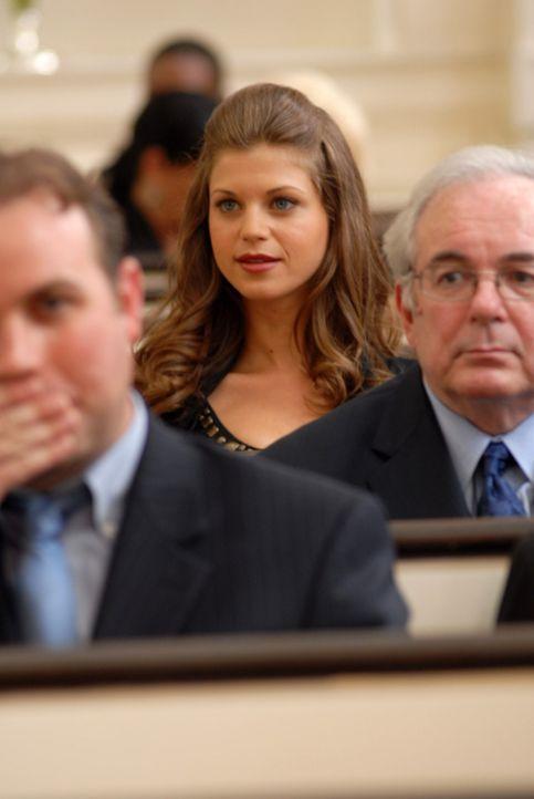 Nicos Ehemann Charles hat seit Jahren ein Doppelleben geführt. So muss sich nun Nico mit dessen geliebter Megan (Shannon McGinnis) auseinandersetzte... - Bildquelle: NBC, Inc.
