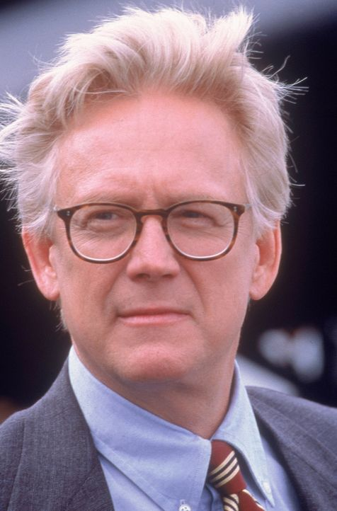 Senator Robert Jefferson Kelly (Bruce Davison) hat nur ein Ziel: Er will alle Mutanten registrieren - und am liebsten auch verbannen lassen ... - Bildquelle: 2000 Twentieth Century Fox Film Corporation. All rights reserved.