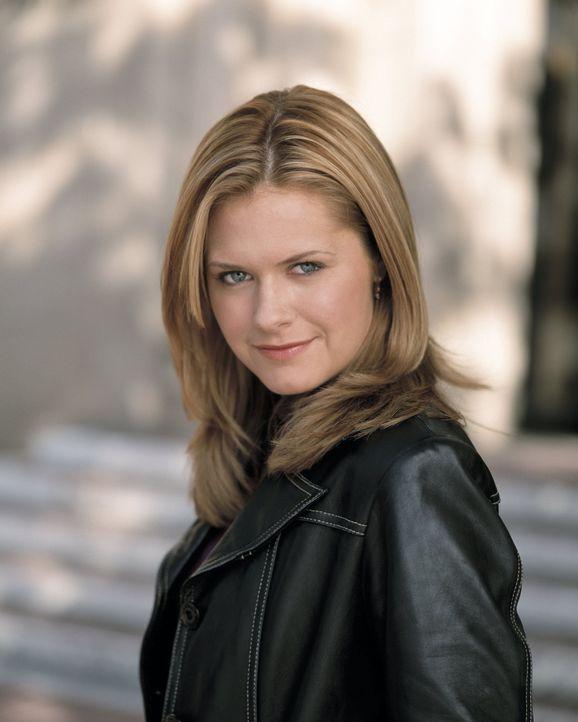 Kaum begonnen mit dem ersten Studienjahr, da wittert Nancy Drew (Maggie Lawson) auch schon ein Verbrechen ... - Bildquelle: Buena Vista Television