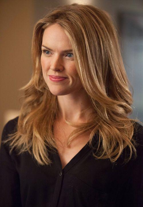 Möchte keine Geheimnisse mehr in ihrer Beziehung zu Gordon haben: Barbara (Erin Richards) ... - Bildquelle: Warner Bros. Entertainment, Inc.