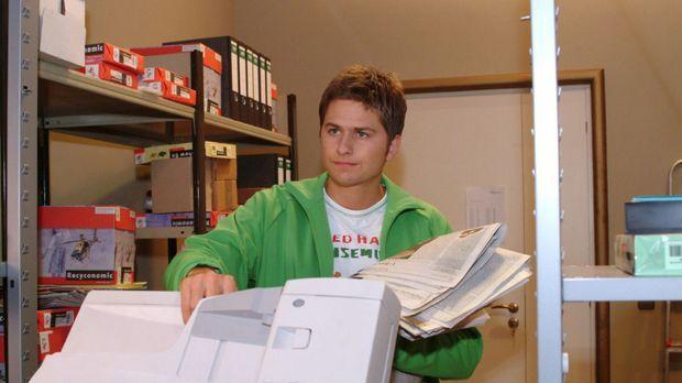 Timo (Matthias Dietrich) ist unzufrieden mit seinem Job. © Monika Schürle Sat.1