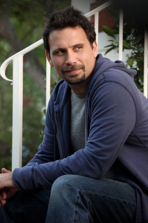 Möchte nur das Beste für seine Tochter Tessa: George (Jeremy Sisto) ... - Bildquelle: Warner Bros. Television