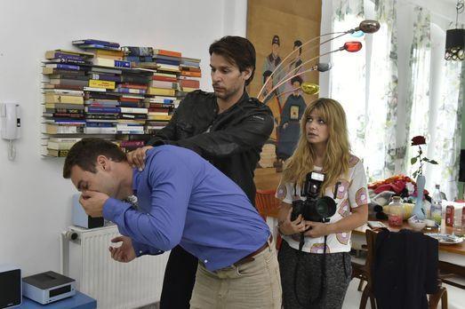 Mila - Mila (Susan Sideropoulos, r.) ist überglücklich, dass Nick (Florian Od...