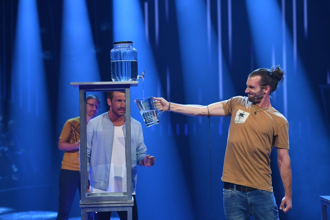 Christian Düren (l.); Jonas (r.) - Bildquelle: Willi Weber ProSieben/Willi Weber