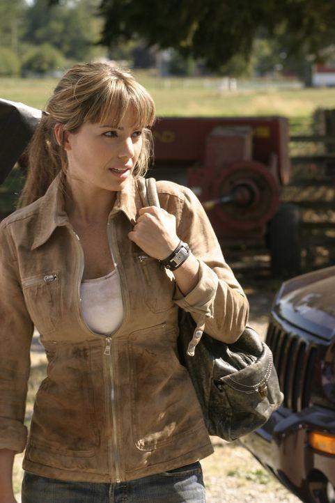 Clarks und Lois' (Erica Durance) Suche nach Chloe wird von General Lane massiv behindert. Weiß Lois' Vater mehr als er zugeben möchte? - Bildquelle: Warner Bros.