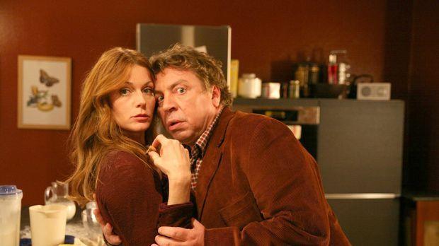 Carlo Lehmann (Armin Rohde, r.) will nur das Beste für seine Frau Moni (Esthe...