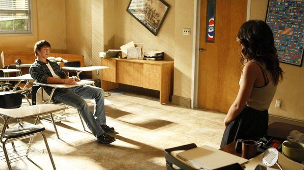 Liam (Matt Lanter, l.) und Annie (Shenae Grimes, r.) beschließen, ihre Freund...