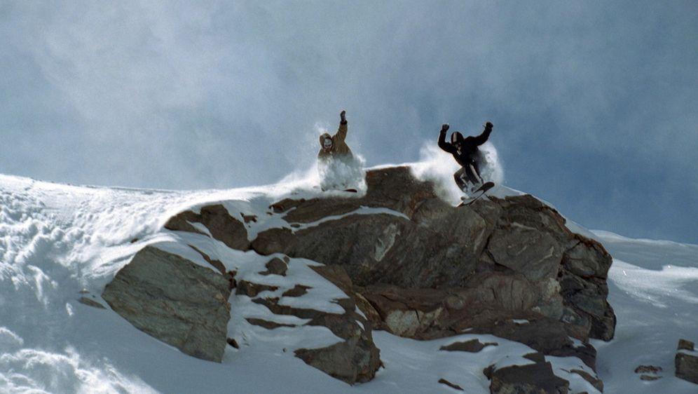 Snowboarder - Bildquelle: 01.05.2014 •  03:40 Uhr