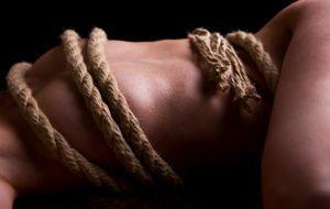 Erotik_2015_07_22_Japan Bondage_Bild 2_fotolia_Miriam Dörr