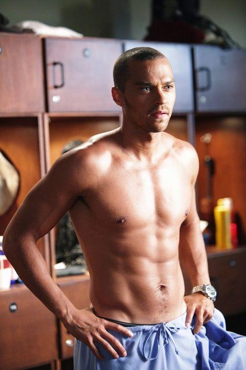 Während Jackson (Jesse Williams) versucht, durch seine körperlichen Eigenschaften weiterzukommen, bringt ein schlimmer Autounfall mehrere neue Patie... - Bildquelle: ABC Studios