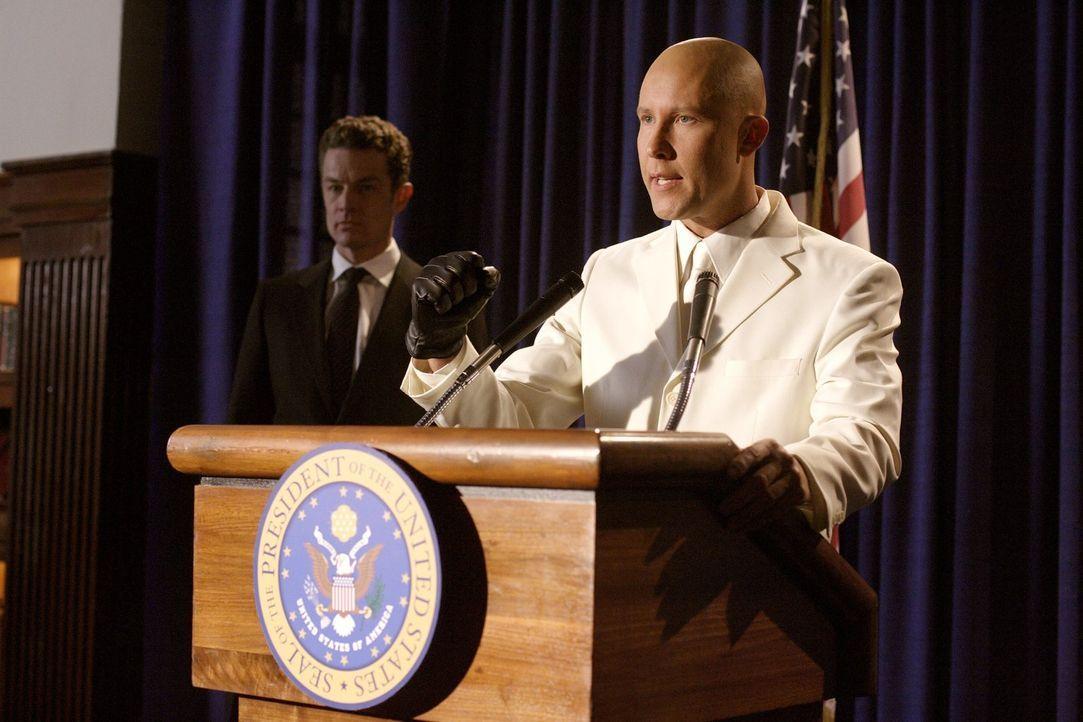 In einer Welt, in der Clark nie geboren wurde, wäre Lex (Michael Rosenbaum) Präsident der Vereinigten Staaten ... - Bildquelle: Warner Bros.
