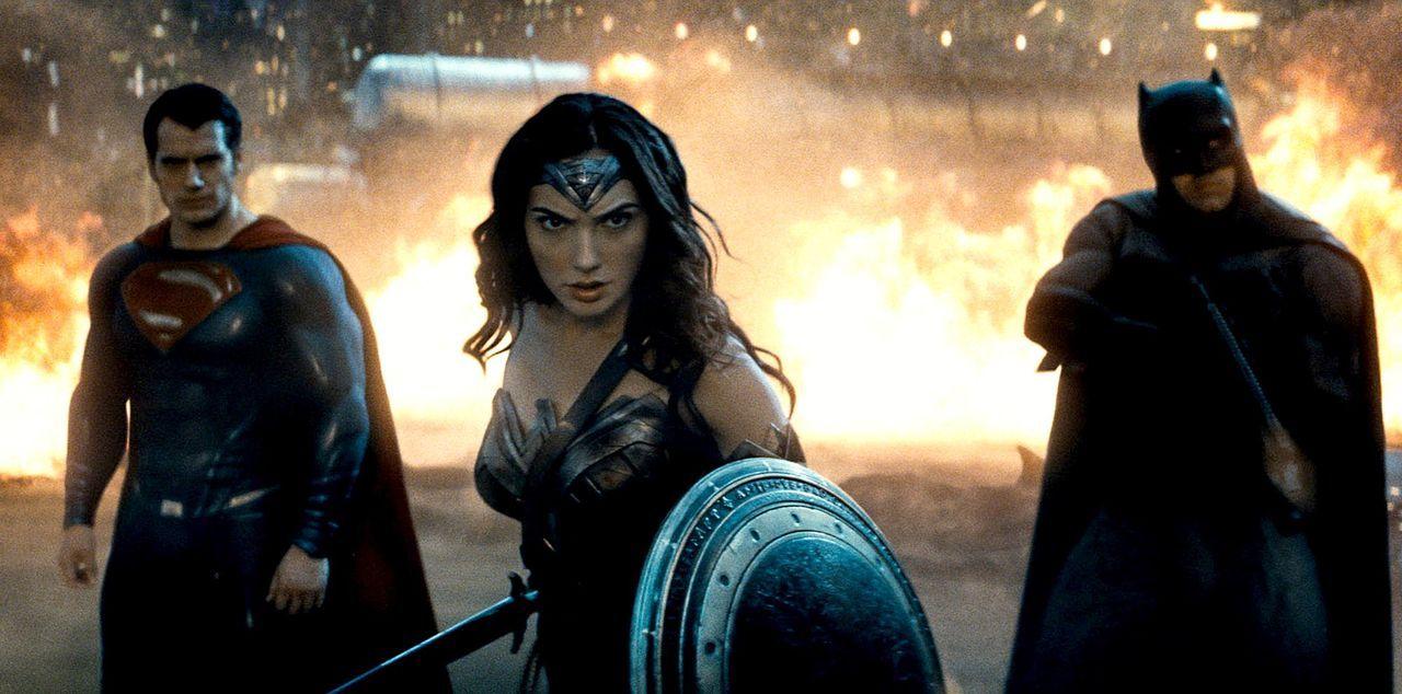 Batman-vs-Superman-DOJ-11-Warner - Bildquelle: 2015 Warner Bros. Entertainment Inc., Ratpac-Dune Entertainment LLC and Ratpac Entertainment, LLC