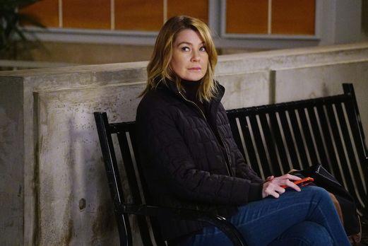 Grey's Anatomy - Richard schockiert Meredith (Ellen Pompeo) und die anderen,...