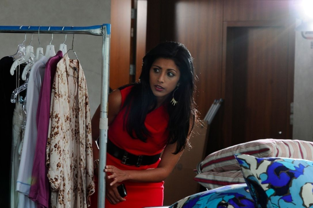 Divya Katdare (Reshma Shetty) - Bildquelle: Nicole Rivelli 2012 USA Network Media, LLC/ Nicole Rivelli