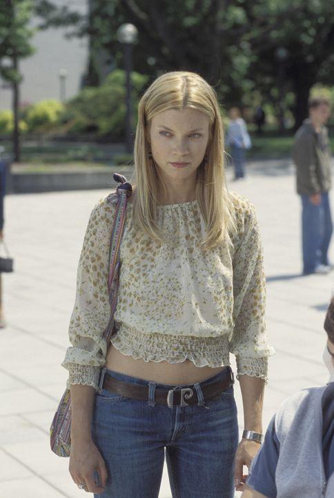 Ahnt nicht, was durch Evans Tagebücher noch auf sie zukommen wird: Kayleigh (Amy Smart) ... - Bildquelle: Warner Brothers