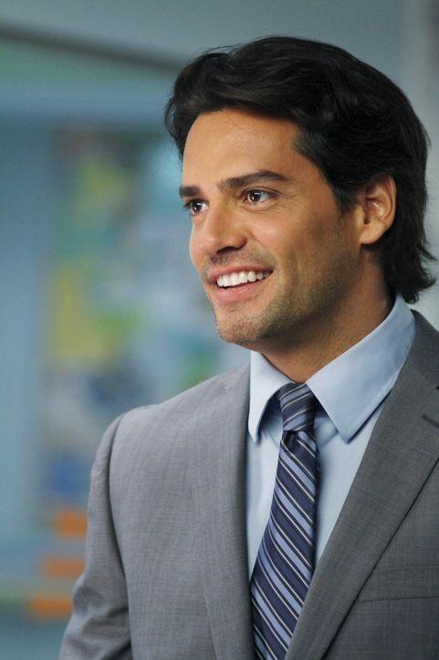 Macht es Addison nicht leicht: Dr. Rodriguez (Cristián de la Fuente) ... - Bildquelle: ABC Studios