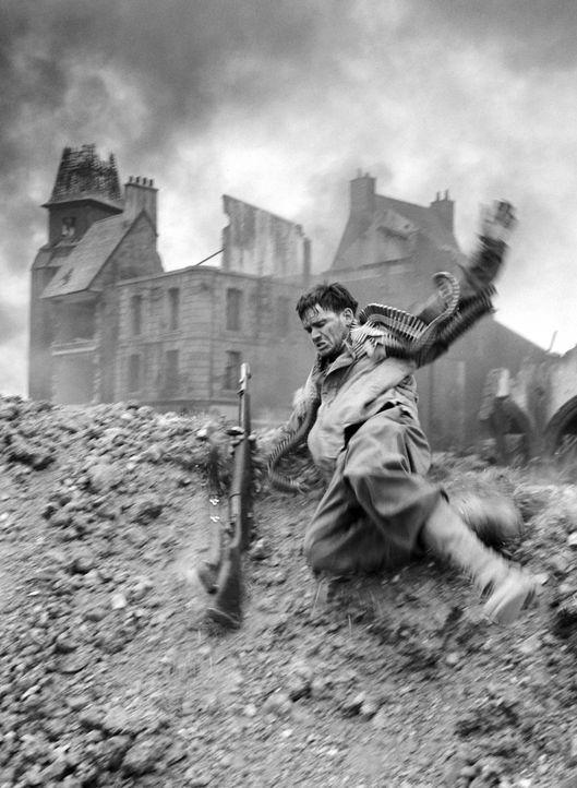 Immer wieder lässt Reiben (Edward Burns) in brenzligen Situationen seine Kameraden im Stich ... - Bildquelle: United International Pictures