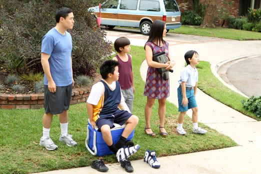 Eine ganz besondere Familie: Louis (Randall Park, l.), Jessica (Constance Wu,...