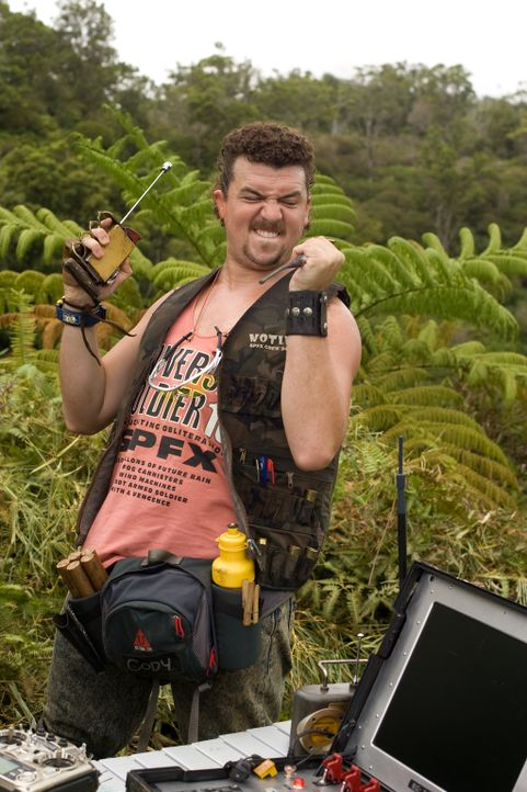 Cody (Danny McBride) ist der Special Effects Spezialist am Filmset. Mit seiner Unachtsamkeit bringt er den ein oder anderen in Gefahr ... - Bildquelle: 2008 DreamWorks LLC. All Rights Reserved.