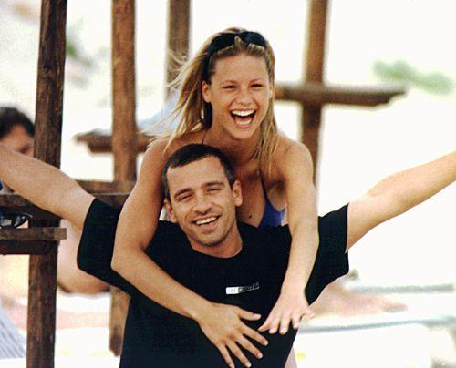 1996 mit Eros Ramazzotti im Urlaub auf Sardinien. - Bildquelle: dpa