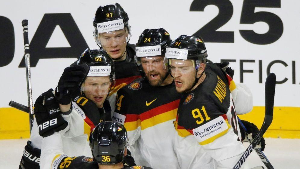 Die Eishockey-Nationalmannschaft empfängt Österreich - Bildquelle: PIXATHLONPIXATHLONSID