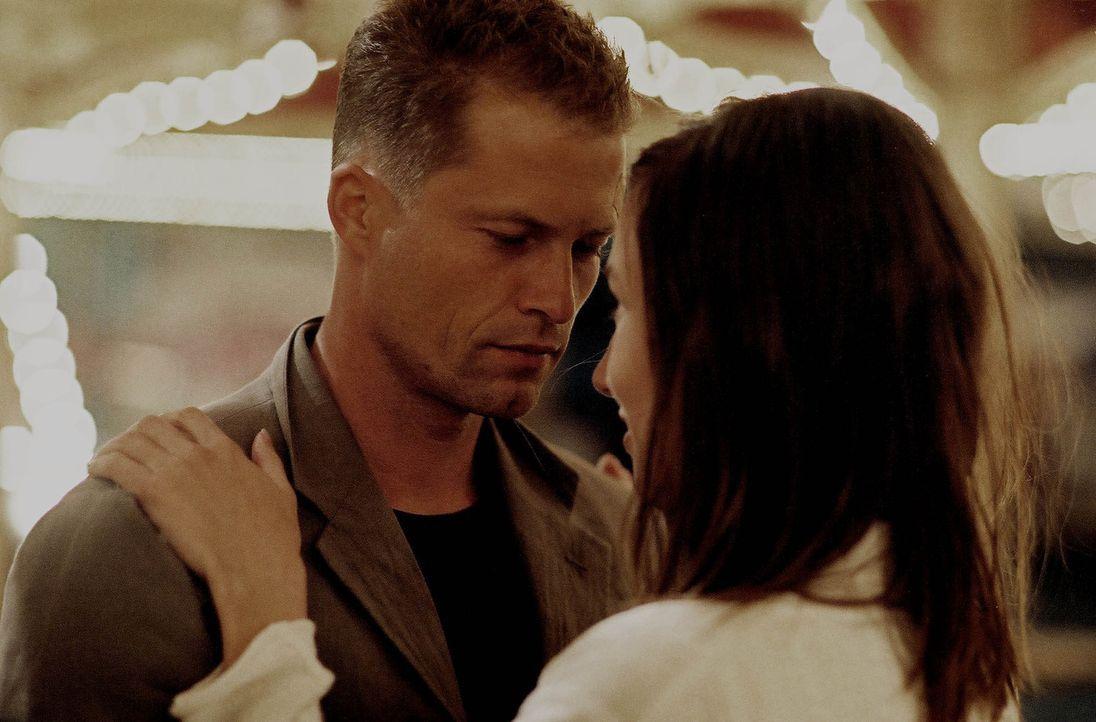Hat ihre Liebe eine Chance?: Leila (Johanna Wokalek, r.) und Nick (Til Schweiger, l.) ... - Bildquelle: Buena Vista International Inc.