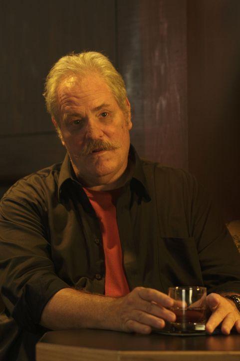Hat einen neuen Auftrag für Chance: Donnelly (M.C. Gainey) ... - Bildquelle: Warner Bros. Television