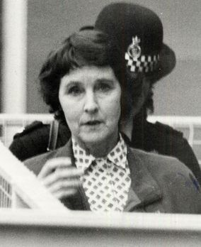 Susan Wilberforce wird beschuldigt, im Jahr 1987 den Architekt Simon Dale erm...