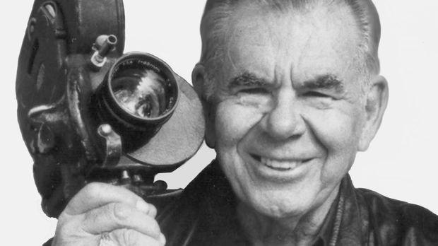 Russ Meyer: Common Law Cabin - Die Darstellerinnen für seine Filme wählte er...