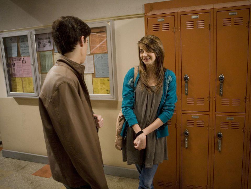 Da haben sich zwei gefunden: Ben (Kenny Baumann, l.) und Amy (Shailene Woodley, r.) sind glücklich - doch das ändert sich bald... - Bildquelle: ABC Family
