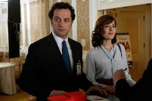 The Americans - Wird Irina (Marina Squerciati, r.) es schaffen, Phillip (Matt...