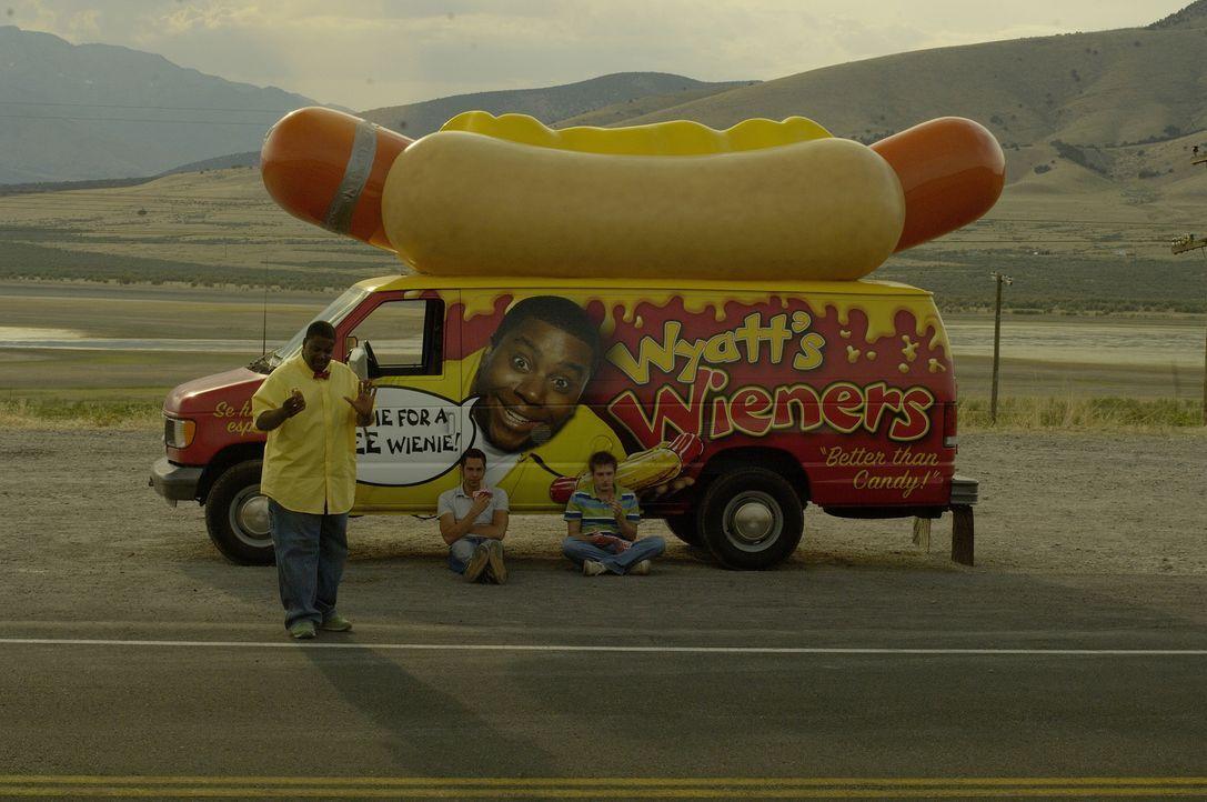 Mit dem riesigen Imbisswagen machen sich die Freunde auf einen Urlaubstrip, um Joel (Fran Kranz, r.) auf andere Gedanken zu bringen. Der Plan von Be... - Bildquelle: 2007 Screen Gems, Inc. All Rights Reserved