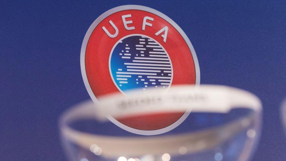 Die UEFA will wieder einen dritten Europacup-Wettbewerb - Bildquelle: PIXATHLONPIXATHLONSID