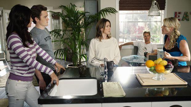Haben meistens viel Spaß miteinander: Jules (Courteney Cox, l.), Ellie (Chris...