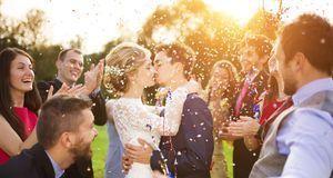 In Deutschland ist Polyamorie verboten – jedenfalls wenn es um die Ehe geht.