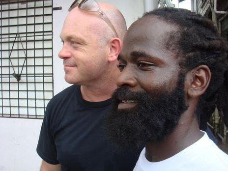 In dem kleinen Land Belize trifft sich Ross Kemp (l.) mit Gangstern und bekom...