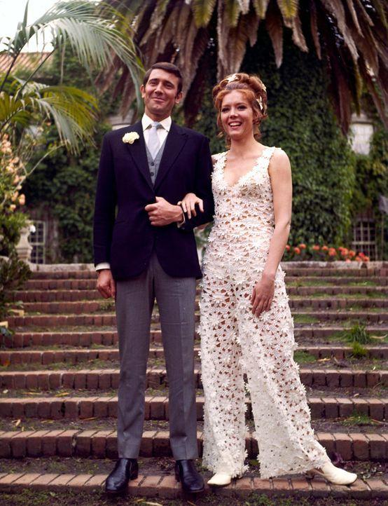 Diana-Rigg-George-Lazenby-James-Bond-On-Her-Majestys-Secret-Service-1969-WENN-com - Bildquelle: WENN.com