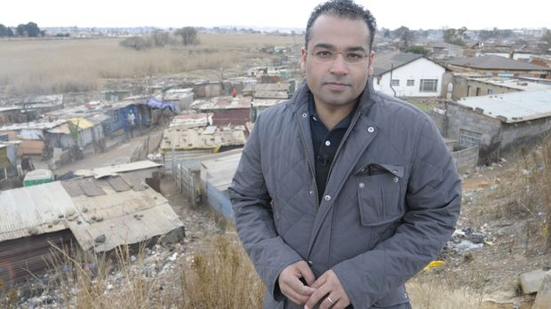Reporter Krishnan Guru-Murthy (Bild) wagt sich ins südafrikanische Johannesbu...