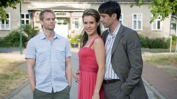 Jackie (Wolke Hegenbarth, M.) hat ein echtes Problem: Frederik Forster (Olive...
