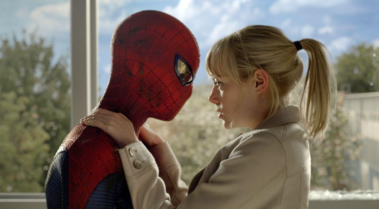 Wahre Liebe kann nichts und niemanden erschüttern: Spiderman (Andrew Garfield, l.) und seine Gwen (Emma Stone, r.) ... - Bildquelle: 2012 Columbia Pictures Industries, Inc.  All Rights Reserved.