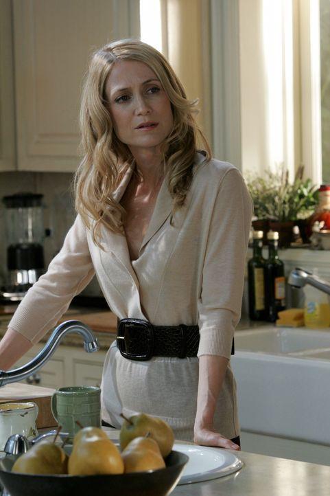 Macht sich Sorgen um Ryan, der von Taylor total in Beschlag genommen wird: Kirsten (Kelly Rowan) ... - Bildquelle: Warner Bros. Television