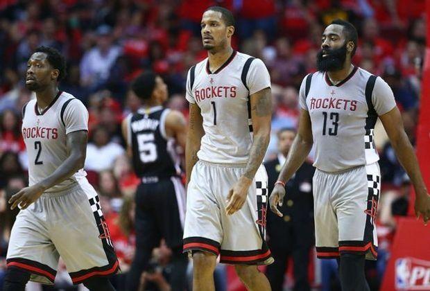 Die Rockets um Superstar James Harden (r.) stehen zum Verkauf