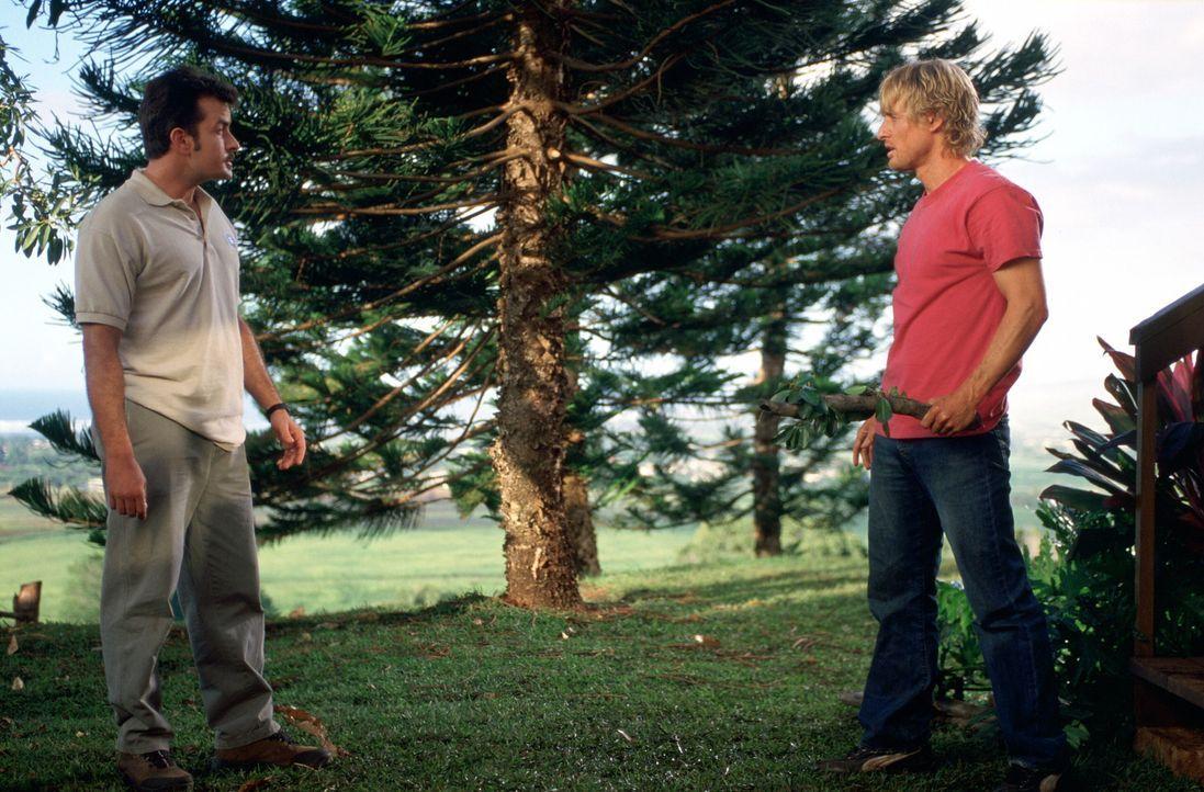 Alte Intimfeinde: Bob (Charlie Sheen, l.) und Jack (Owen Wilson, r.) ... - Bildquelle: Warner Bros.