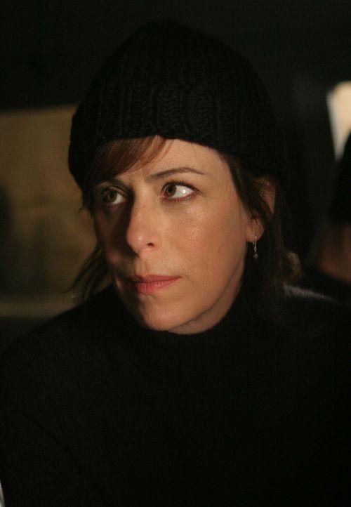 Lois (Jane Kaczmarek) schlägt zurück ... - Bildquelle: TM +   2000 Twentieth Century Fox Film Corporation. All Rights Reserved.