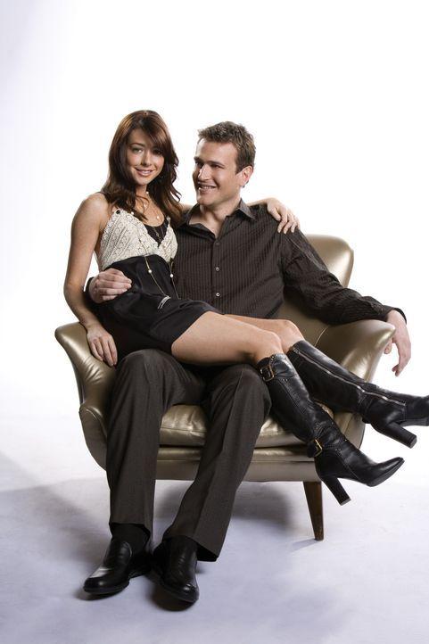 (3. Staffel) - Ein glückliches Paar: Marshall (Jason Segel, r.) und Lily (Alyson Hannigan, l.) ... - Bildquelle: 20th Century Fox International Television