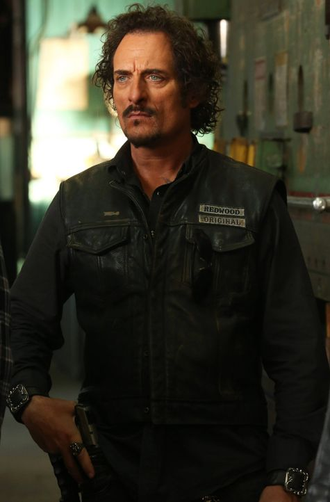 Noch bleibt Jax den Sons treu, doch nicht nur Tig (Kim Coates) weiß, dass das bald ein Ende haben wird ... - Bildquelle: 2013 Twentieth Century Fox Film Corporation and Bluebush Productions, LLC. All rights reserved.
